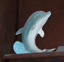 delfin aus plastikschaum. Black Bedroom Furniture Sets. Home Design Ideas